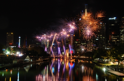 Fireworks at Moomba 2013- Licensed under CC BY 2.0 via Wikimedia Commons