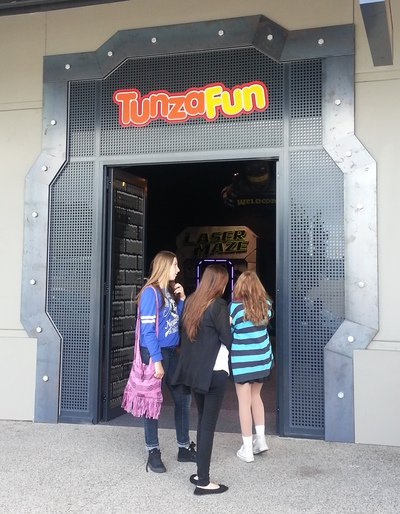 fountain gate, tunza fun, entertainment, fun, children, activity